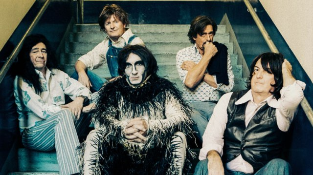 Peter Gabriel Lamb Lies Down On Broadway spoof